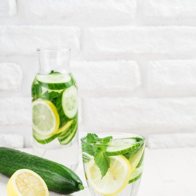 6 Detox Water Ingredients for Beautiful & Glowing Skin